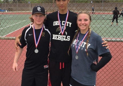 Photo depicting Tennis State Qulify